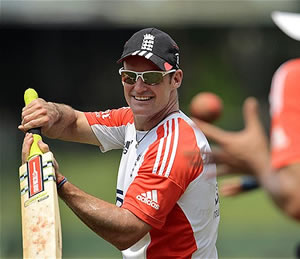 Andrew-Strauss-Sri-Lanka-tour-practice-session