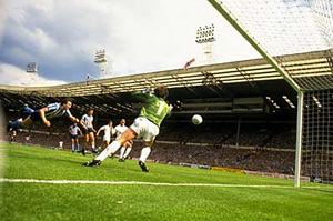 Keith-Houchen-Coventry-City-FA-Cup-Final-1987