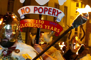 Lewes-bonfire-night-effigy