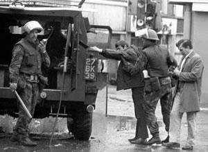 British-soldiers-in-Northern-Ireland