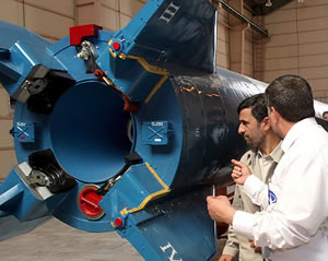 Mahmoud-Ahmadinejad-Iran-nuclear-weapon-threat