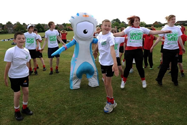 School-sport-with-Mandeville