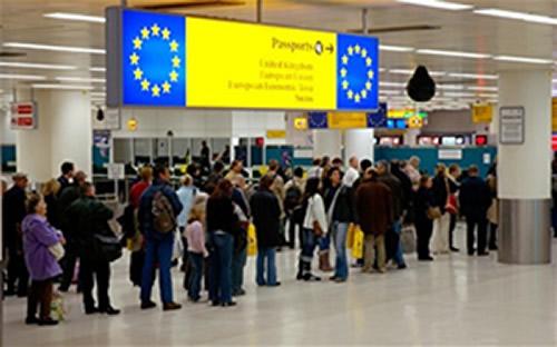 Migrants border control-JPEG