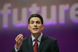 David Miliband leads his brother 57 per cent to 43 per cent overall in a Daily Politics poll of local councillors for the Labour leadership