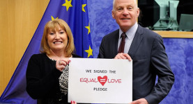 Progressives in Europe: Glenis Wilmott and Michael Cashman sign the Equal Love pledge