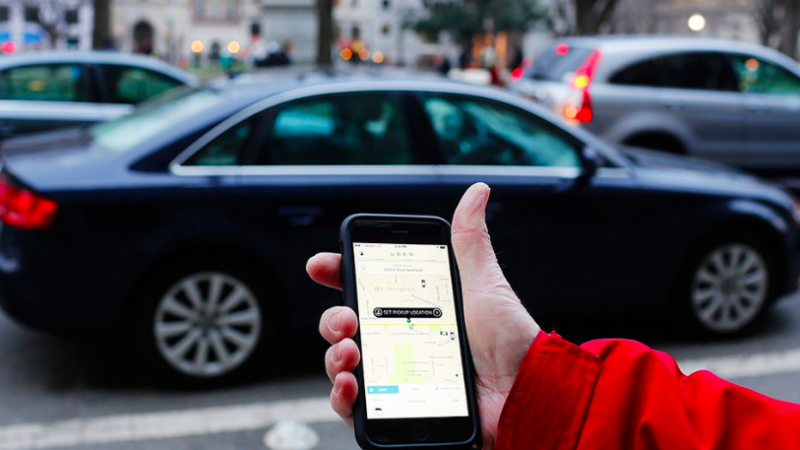 Uber dealt another blow over drivers' rights in UK