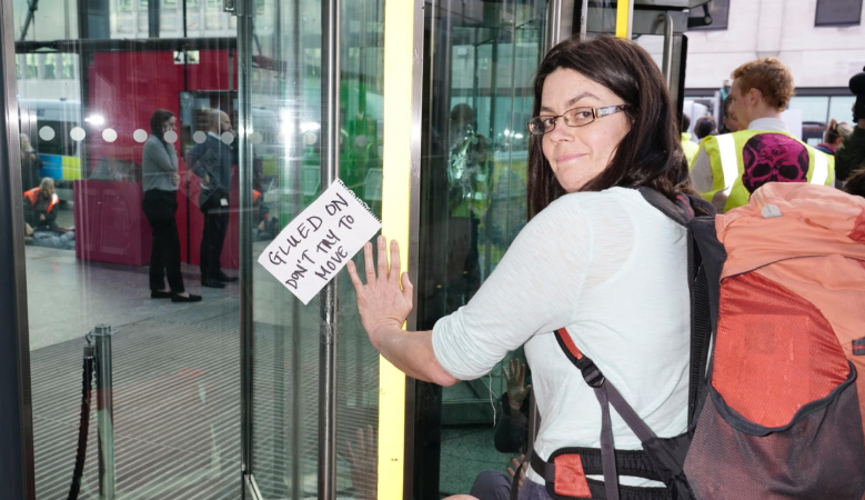 Anti-fracking campaigners occupy government's Business ...