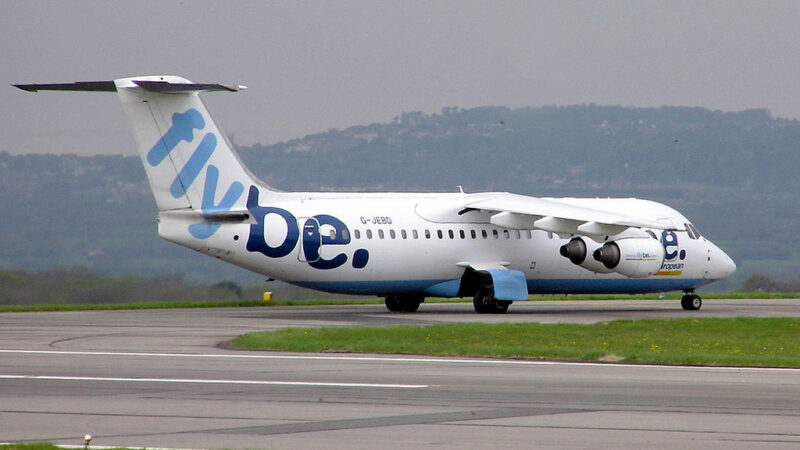 Flybe airplane - Arpingstone / Public domain
